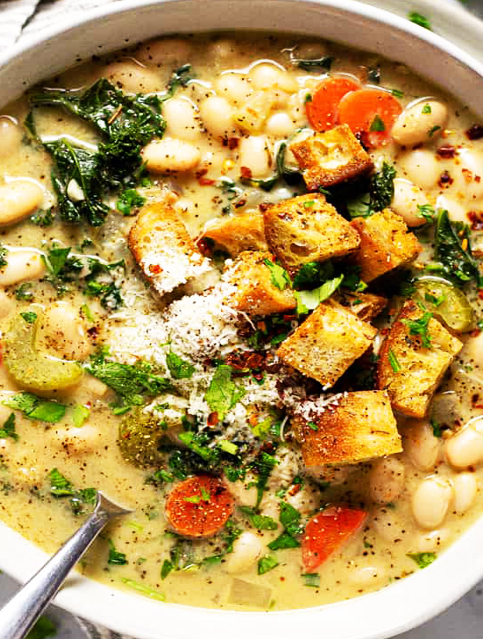 Creamy Vegan White Bean Kale Soup