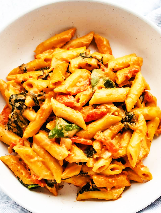 Easy Creamy Vegan One Pot Pasta Recipe